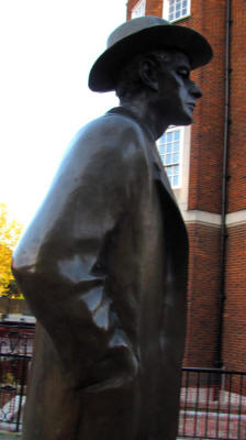 Bela Bartok statue in London, side view